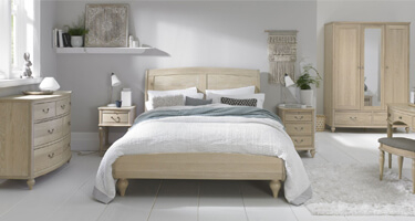 Bentley Designs Bordeaux Chalk Oak Bedroom