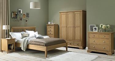 Bentley Designs Hampstead Oak Bedroom
