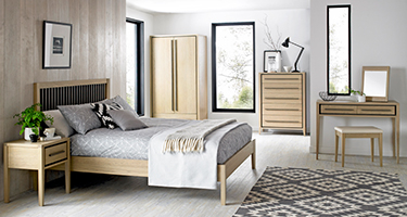 Bentley Designs Oak Bedroom