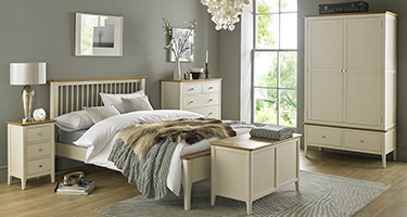 Heritance Dranford Painted Bedroom