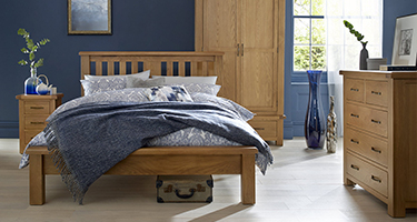 Heritance Durnham Oak Bedroom