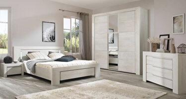 Gami Sarlat Wooden Bedroom