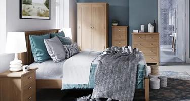 Glasgow Oak Bedroom