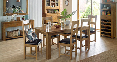 Heritance Earlwood Oak Dining Room