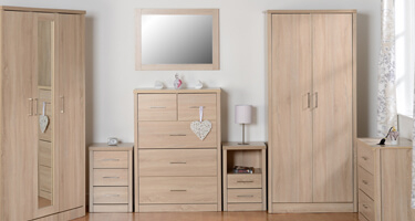 Seconique Lisbon Light Oak Effect Veneer Bedroom