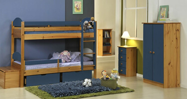 Verona Designs Maximus Antique with Blue Details Bedroom