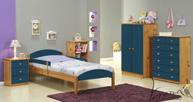 Verona Designs Verona Antique with Blue Details Bedroom