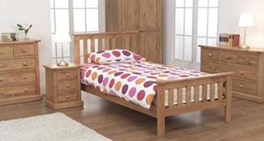 Vida Living Devon Pine Bedroom